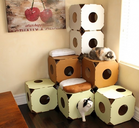 fabriquer un arbre a chat en carton